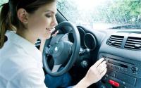 Millennial shoppers car radio