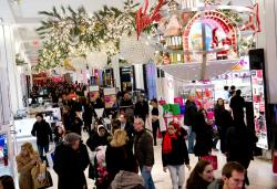 Retail marketing xmas shopping